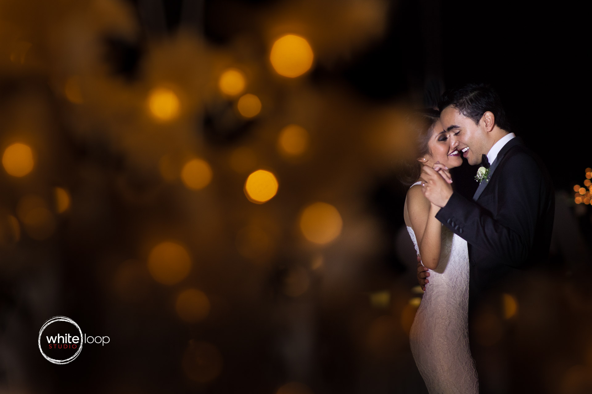 Vero and Misael, Acapulco, First Dance