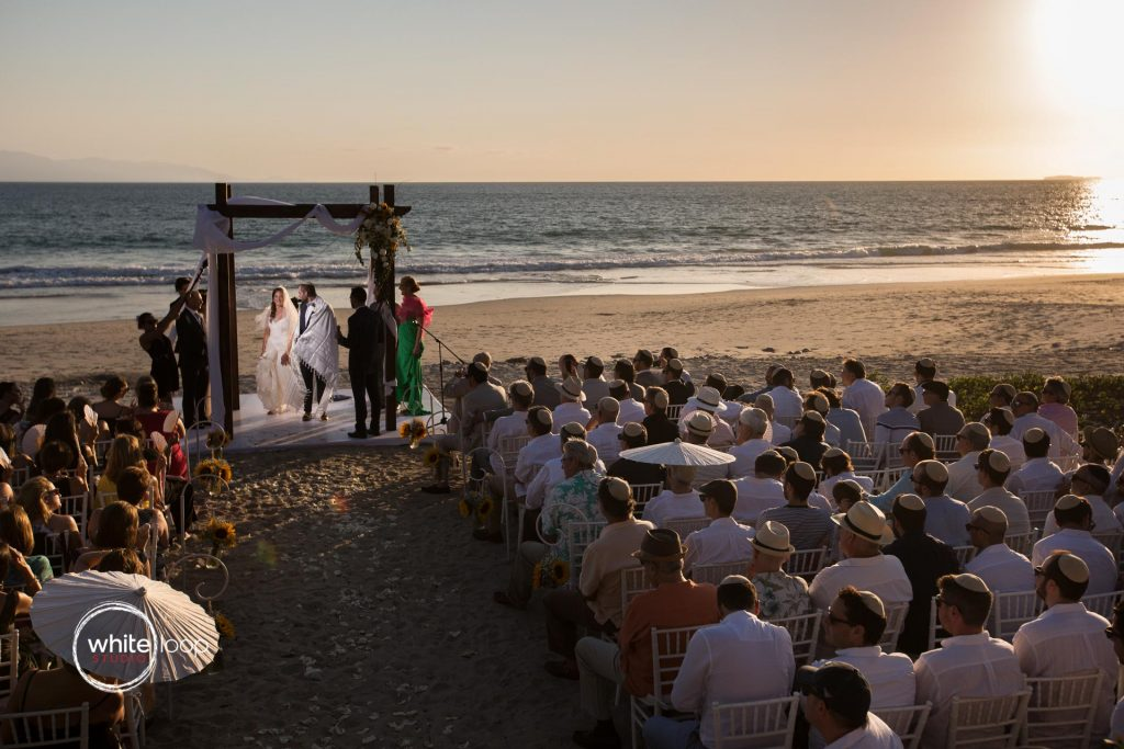 Ariela and Jonathan Jewish wedding ceremony on the beach Nahui, Nayarit, Mexico