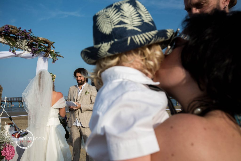 Gloria and Davide, Ceremony on the beach, Lignano Sabbiadoro, Italy