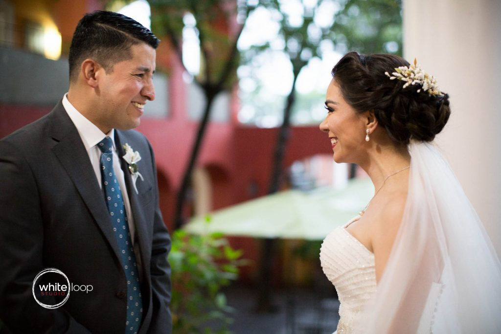 Gloria and Rodolfo, Wedding in Colima, Getting ready