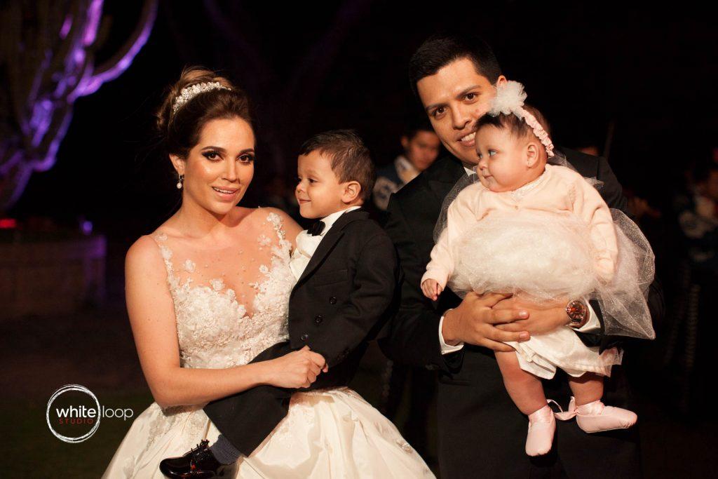 Ana Laura and Alan, Wedding, The Family Portrait, Monte Coxala, Jocotepec, Jalisco, Mexico