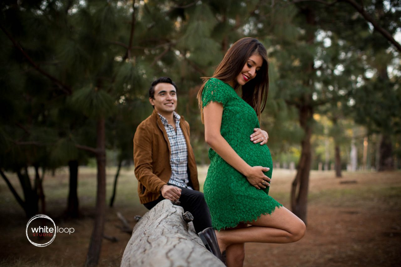 Vero, Misael and Santiago, Pregnancy session, Parque Colomos, Guadalajara, Mexico
