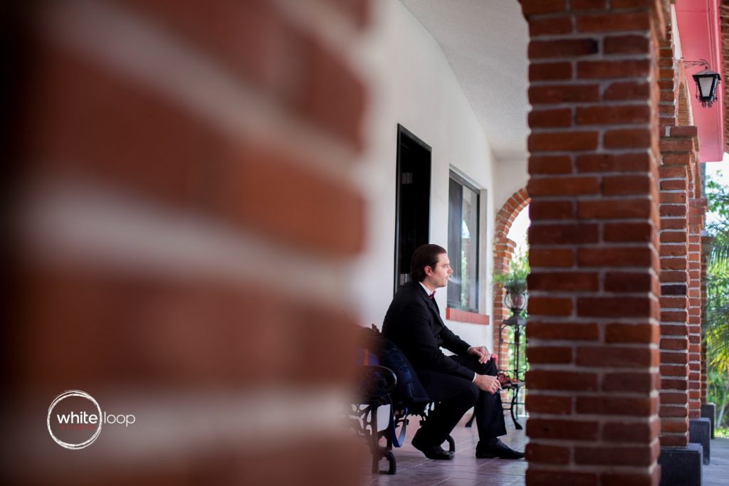 Anna and Louis, Getting Ready, at Hotel Hacienda Cocoyoc, Yautepec de Zaragoza, Morelos, Mexico