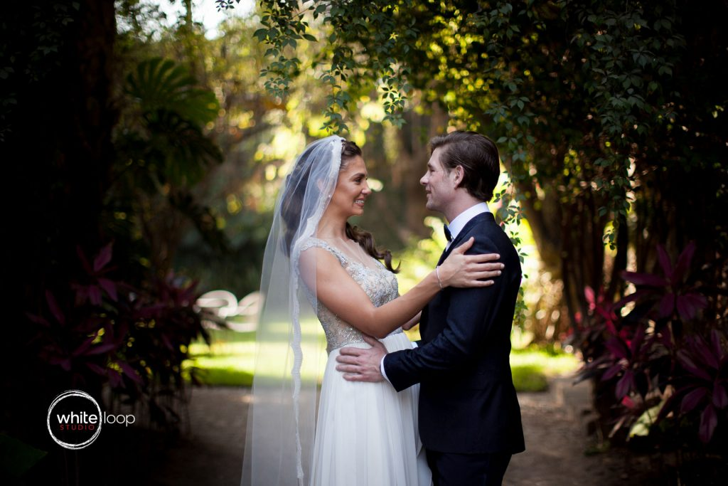 Anna and Louis, First Look, at Hotel Hacienda Cocoyoc, Yautepec de Zaragoza, Morelos, Mexico