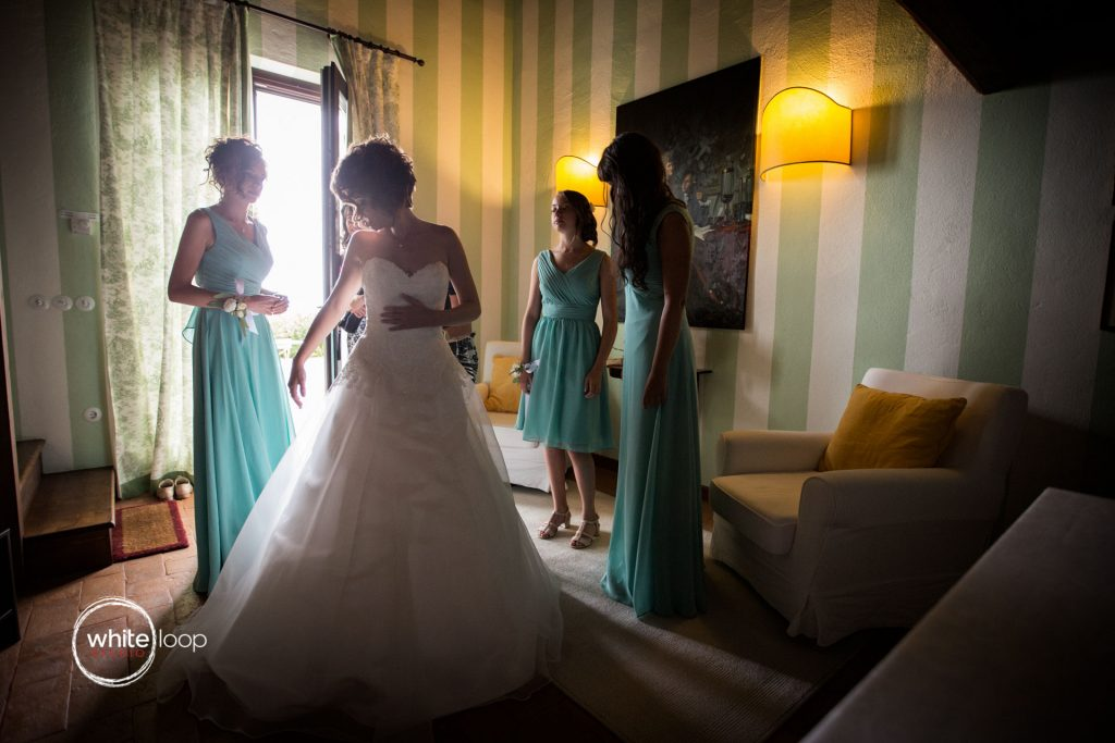 Caterina and Massimo, wedding at Baronesse Tacco, the dress, San Floriano del Collio, Italy