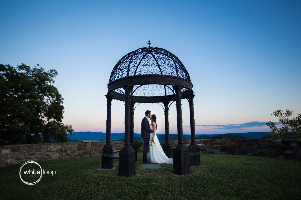 Silvia and Emanuele Wedding in Italy, Formal Session at Baronesse Tacco, San Floriano del Collio by Davide Cristin