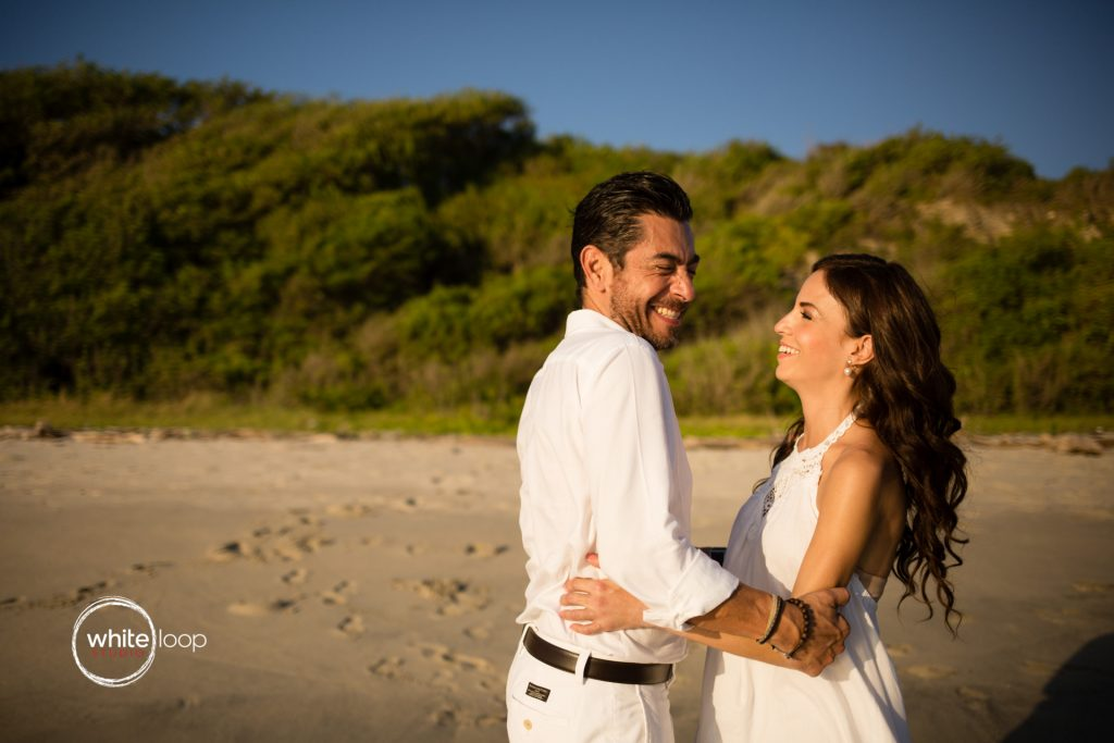 Anita and Ramon, engagement session in a virgin beach of Nayarit, Mexico