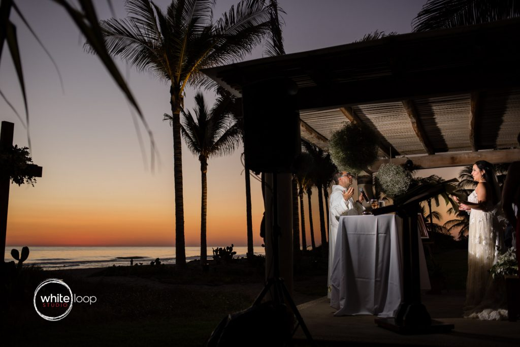 Marbela and Victor Wedding, Ceremony on the beach, Puerto Escondido, Oaxaca
