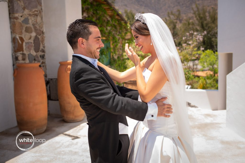 Mariana and Gabo Wedding in La Vita Bella Resort, Ajijic, First Look