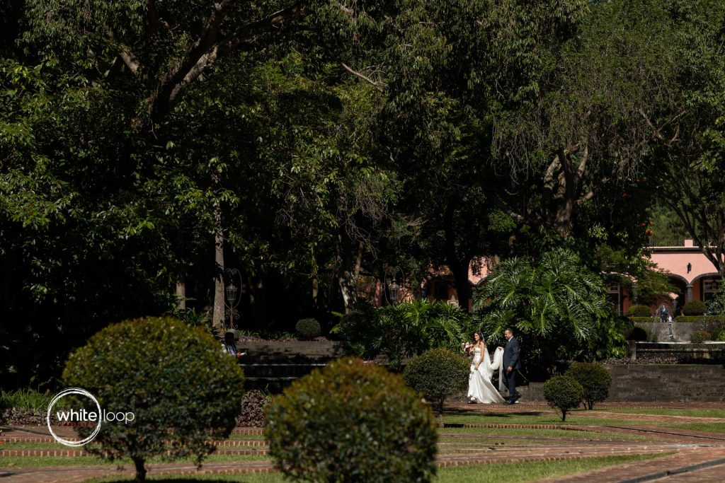 Andrea and Michael, wedding destination, Mexico meets Switzerland, ceremony, Colima, Mexico